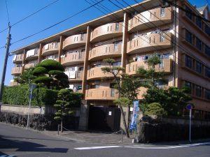 【 下荒田4丁目 】 ロイヤルガーデン 102号